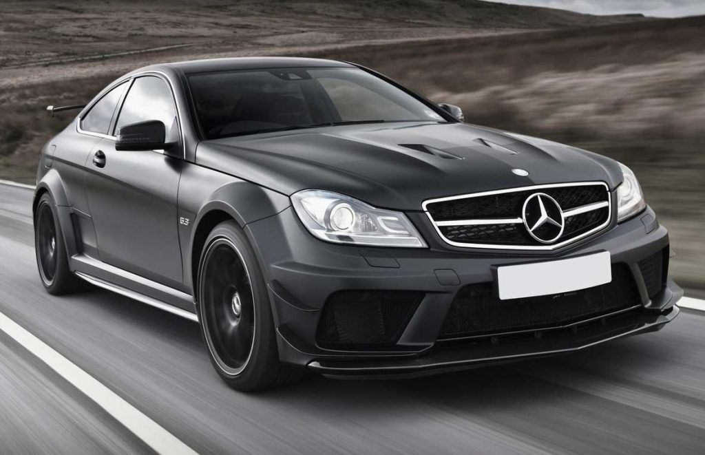 Luxury car specialists – why are they popular?